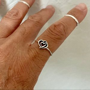 Jewelry - 💞NEW💞Sterling Silver Mother and Baby Heart Ring